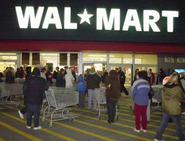 walmart-black-friday-jan-17-2011-3-600