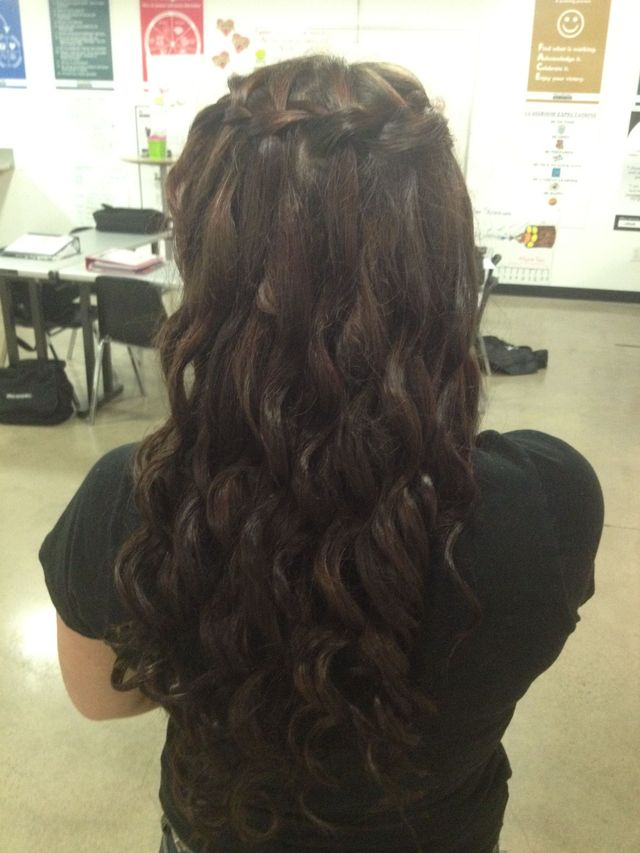 waterfall braid&curls
