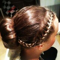 Thumb donut%20bun%20with%20french%20braid 1350571014