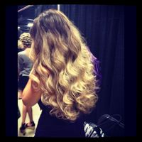 Thumb beautiful%20ombr%20curls 1351024352