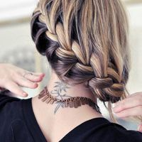 Thumb braid 1352430313