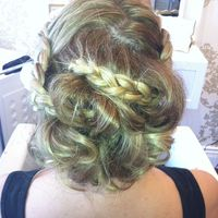 Thumb braided%20updo 1351546355