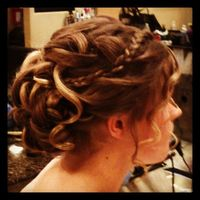 Thumb braided%20updo 1351657737