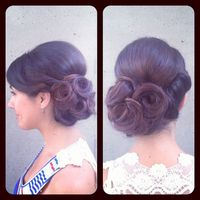 Thumb bridal%20updo 1346383629