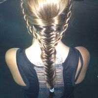 Thumb fishtail%20braid 1348449300
