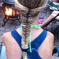 Thumb fishtail 1344978078
