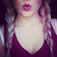 Thumb plaited 1351907334