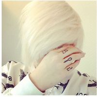 Thumb white%20hair 1367230386